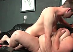 Young guy drills plump pussy of one horny BBW missionary style