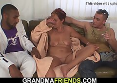 Hot interracial 3some with mature mom