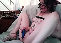 hot amateur milf dildos cums very sexy solo.mp4