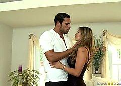 Broken hearted latina bombshell Esperanza Gomez gets pussy licking