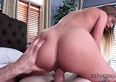 Teen girlfriend bangs guy in her luxury house