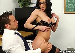 Johnny Castle drills his teacher Kendra Lust