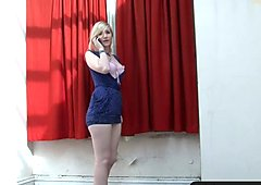 Girls Out West - Sexy blondie has a phone call