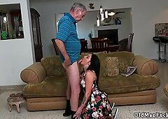 Mature housewife and Frannkie s a fast learner!
