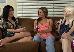 Hot lesbians 0337