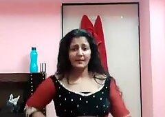 bhabhi hot dance