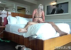 Voluptuous goddess with a massive booty loves woman-on-top position