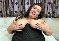 British BBW mom Lucie with hungry vagina