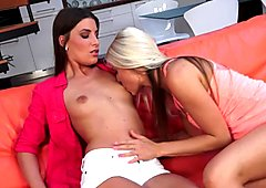 Lesbian babes rubbing their pussies together