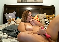 Booncinbootie has orgasm with her toy 20201001
