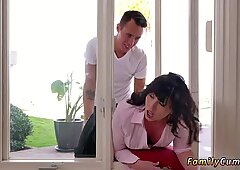 Mom ally s daughter and milf xxx Forgetful Stepsis Lands In