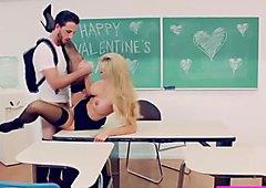 Sexy hot milf Brandi gets banged on valentines day